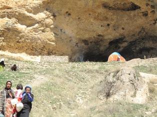 دود کباب و بازدید کنندگان همه رقمی غار کرفتو