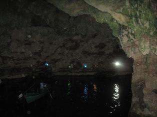 قایق سواری در غار سهولان